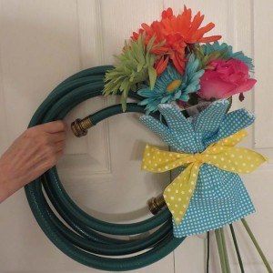 Make a quick spring wreath