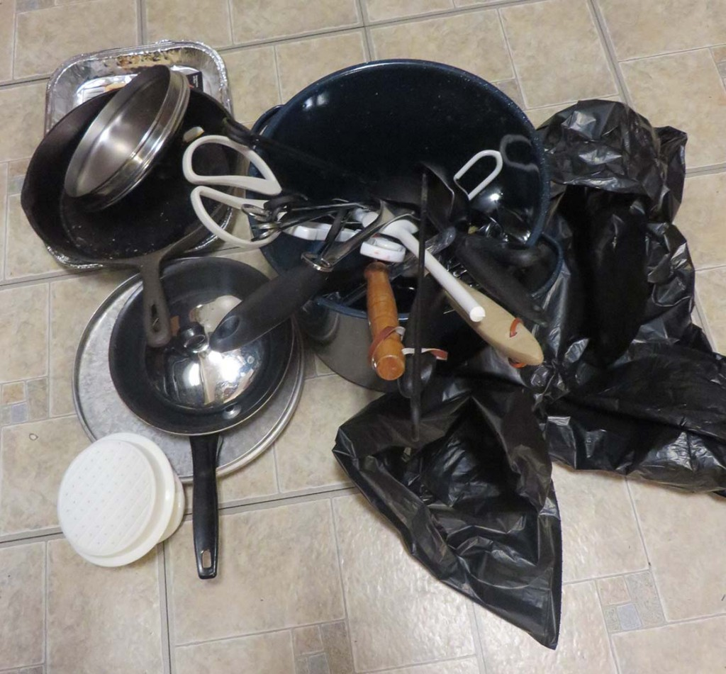 Decluttering pots and pans