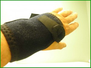 Carpal tunnel surgery wrist wrap