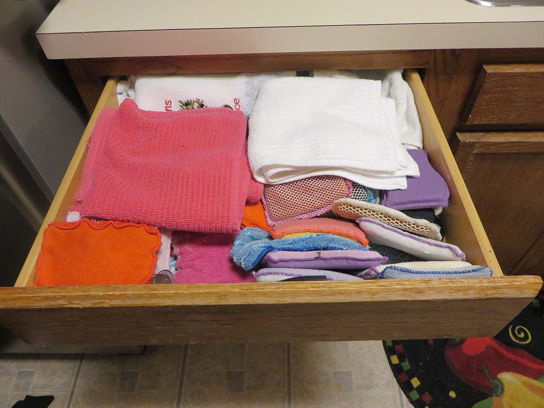 Decluttering kitchen cabinets
