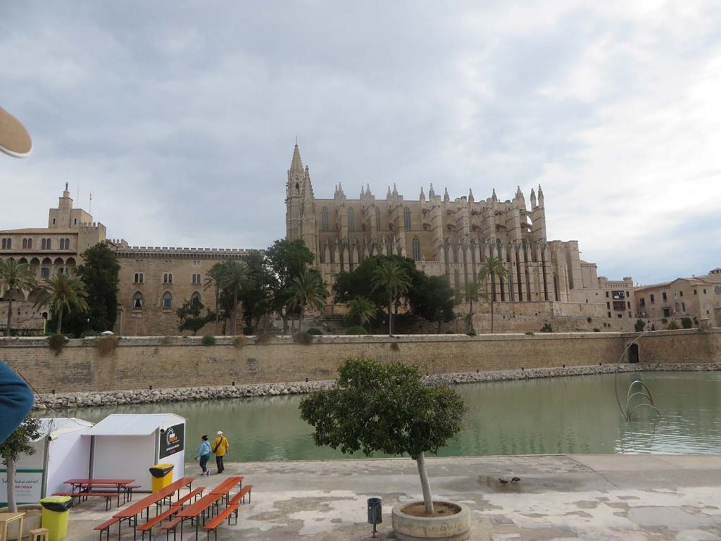 cathedral at palma de majorca with largest rose window in the world
