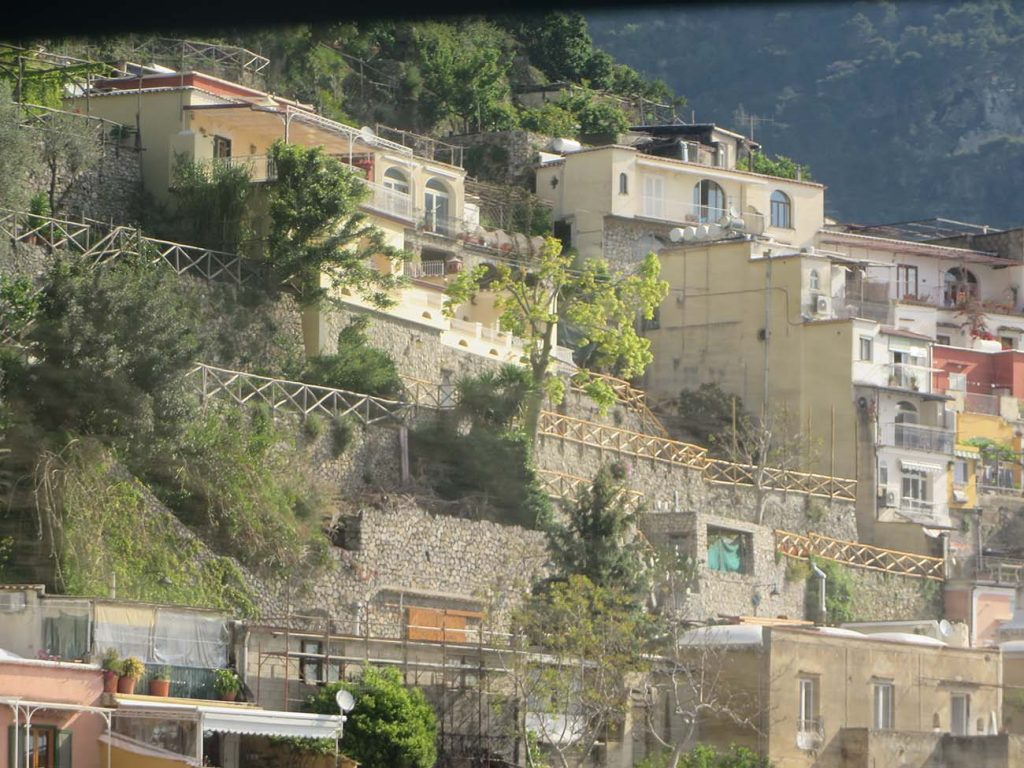 italy houses on mountainside
