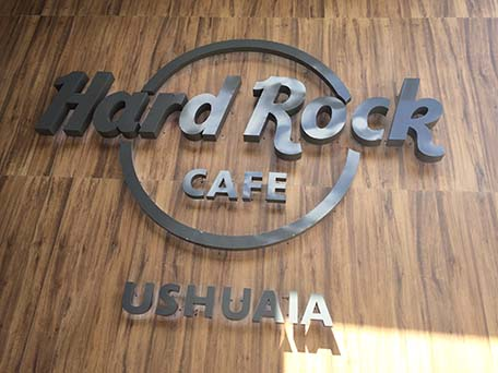 hard rock cafe ushuaia, argentina